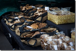 Dog Treats at La Ciecle market_1280_for_Web