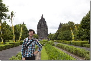 Aaron in front of Prambanan_1280_for_Web